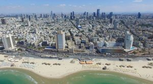 Israël, ses 4 millions de vaccinés et son badge pour aller au restaurant