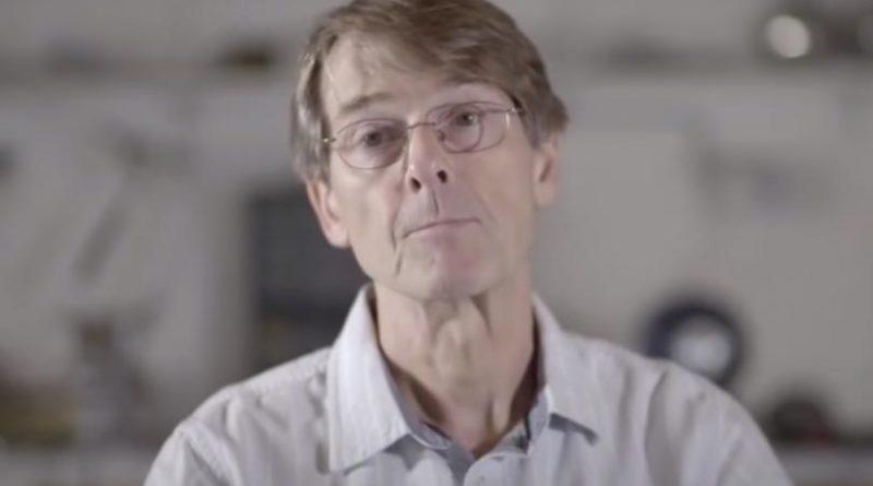 """L'ancien vice-président de Pfizer : """"Les gouvernements vous mentent et préparent le dépeuplement massif"""""""