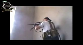 SteyrAugSyrianrebels