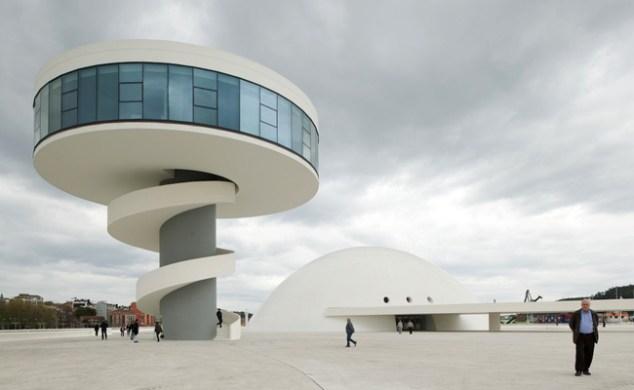 Oscar-Niemeyer-Center