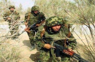 Soldats syriens sur le front de Deraa (Sud) non loin de la frontière avec la Jordanie.