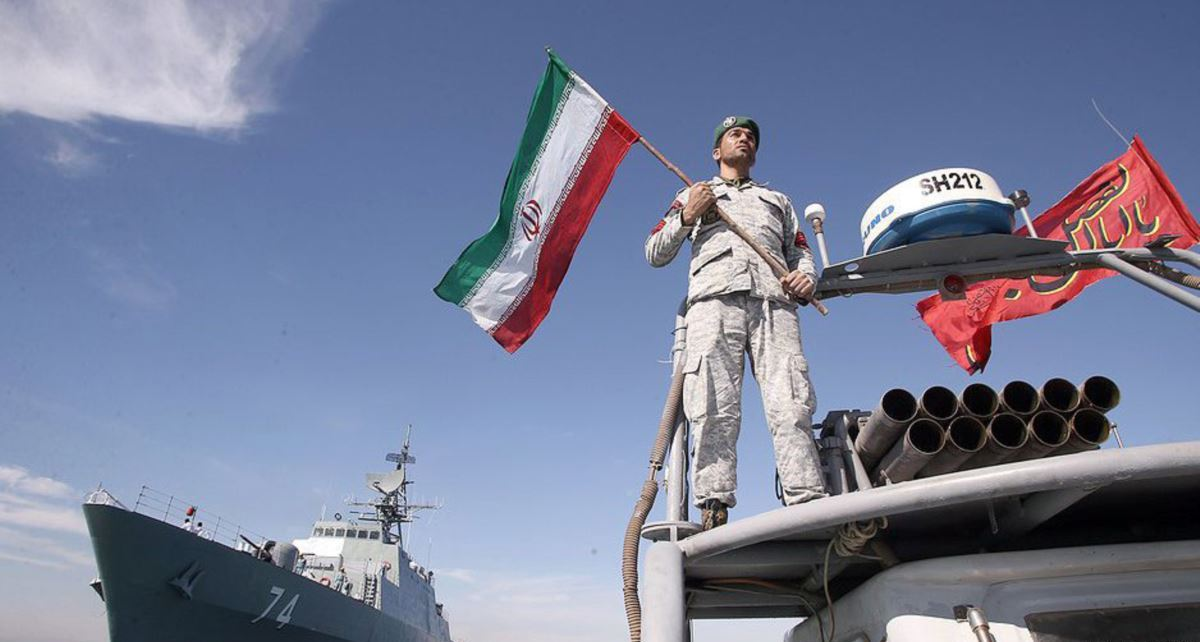 Iranian Naval Assymetric Warfare Capabalities (South Front) 6