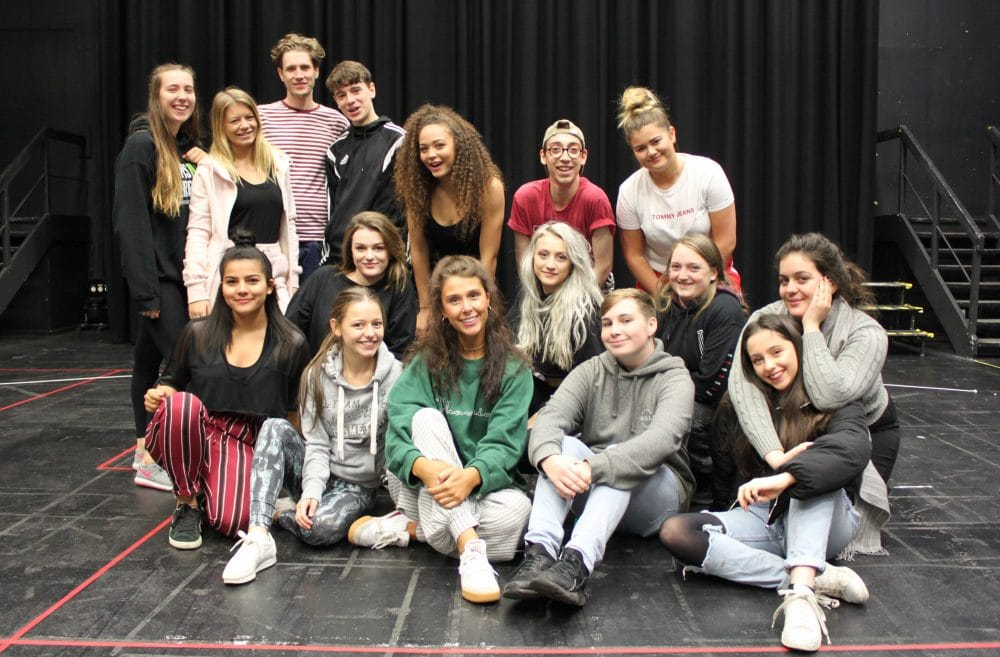 Visiting alumnus Alyssa Martyn with Musical Theatre students