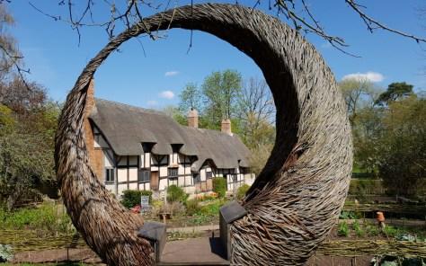 Anne Hathaway's Cottage ©Stratfordblog.com
