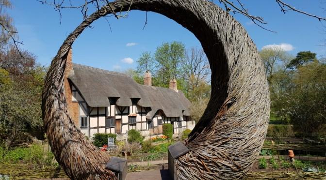 Visit Anne Hathaway's Cottage