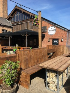 Outdoor dining at Cox's Yard