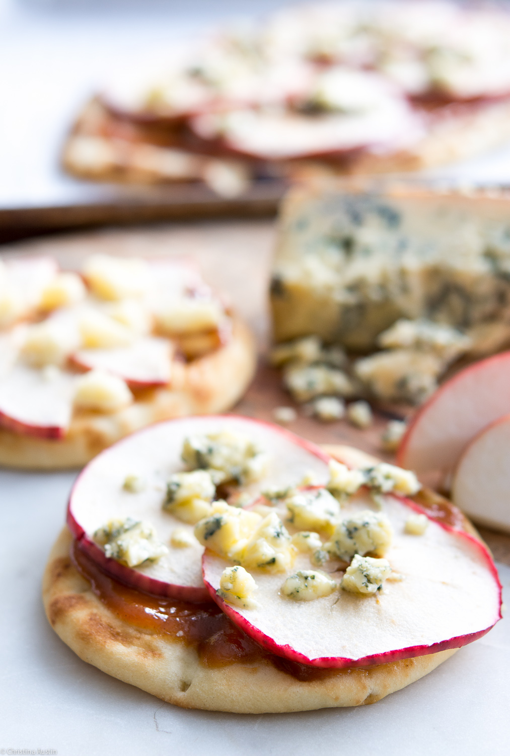 Warm Flatbread with Apples and Blue Cheese