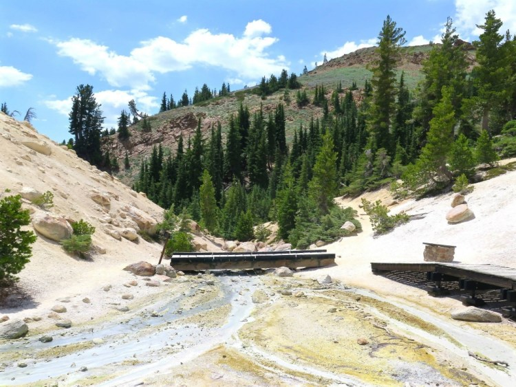 Bumpass Hell, and Lassen Volcanic National Park in general, has three of the four main types of geothermal feature (fumaroles, mudpots and hot springs); the only phenomena missing are geysers, since these require rather specific conditions of rock type, sub-soil temperature and water depth.