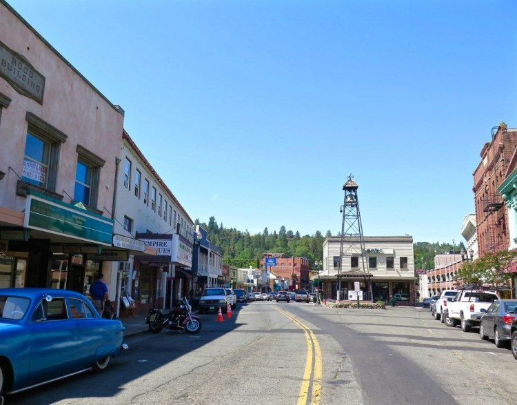 "After the discovery of gold at Sutter's Mill in nearby Coloma, CA by James W. Marshall in 1848 sparked the California Gold Rush, the small town now known as Placerville was known as Dry Diggin's after the manner in which the miners moved cartloads of dry soil to running water to separate the gold from the soil. Later in 1849, the town earned its most common historical name, ""Hangtown"", because of the numerous hangings that had occurred there. The name was not changed until 1854 when the City of Placerville was incorporated."