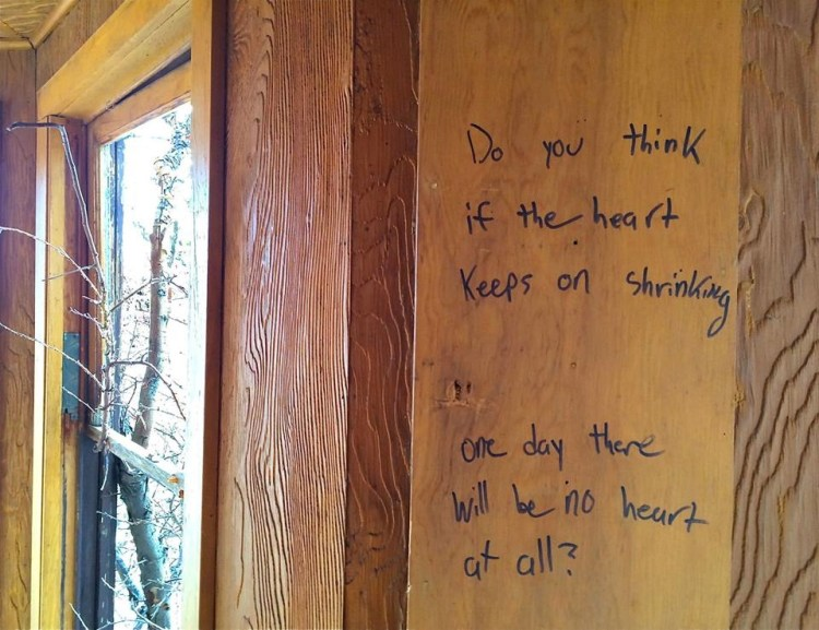 Good/Wood Question along Highway 395.