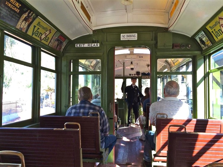 Inside a running LARy-525 - A classic 'Huntington Standard', the car that Los Angeles grew up with.