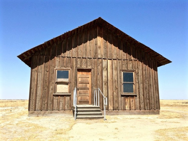 Warren Carter, his wife Mariah, and their twenty two year old son Elmer came to Allensworth in 1910. Upon arrival, Mr. Carter and Elmer built this house and a livery stable northwest of their home.