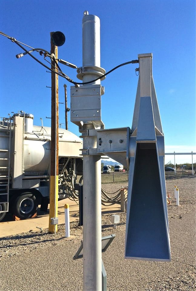 Security above ground was provided by armed guards and laser/radar detectors (seen here). These radar surveillance security systems formed a ring around the silo topside and were the primary form of security at all missile installations. Extremely sensitive, they would sound a loud alarm in the control center if anything crossed their invisible beams. Then, security forces from nearby Davis-Monthan AFB would be dispatched to investigate. Given the secure nature of the missile complex, crew members would never go outside themselves.