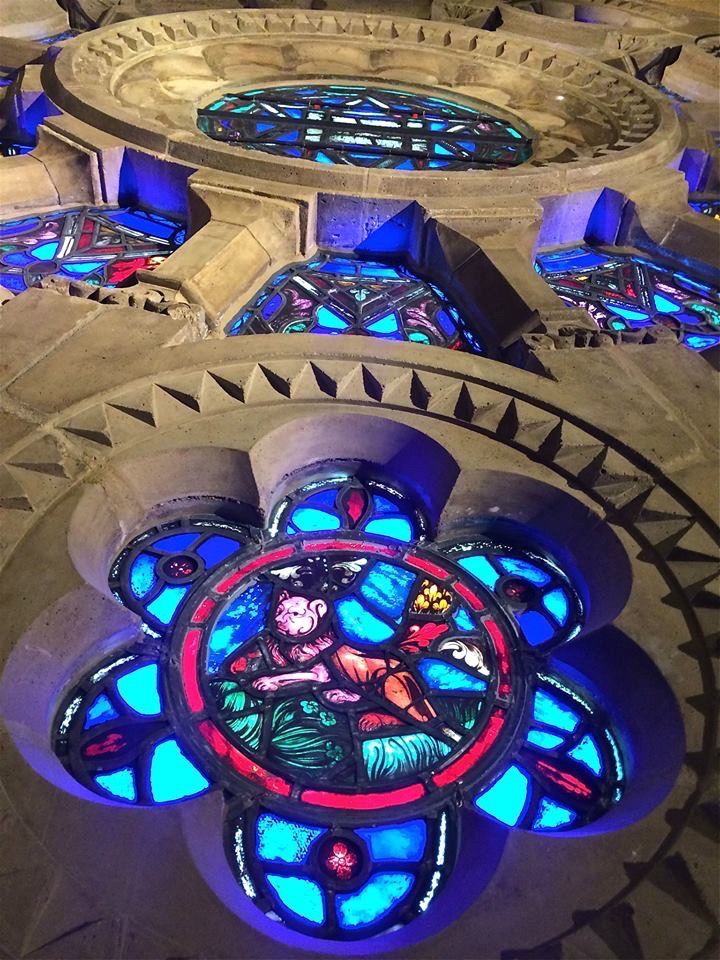 Faced with the threat of extinction that has forced synagogues in other parts of the country to close or merge, Wilshire has responded with force: a $150 million program to restore the synagogue to its former grandeur.