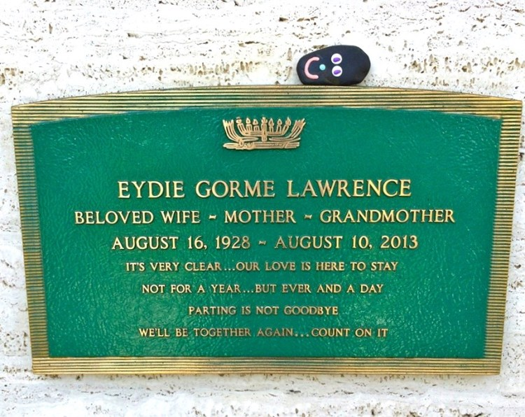 "Eydie Gorme was an American singer who performed solo as well as with her husband, Steve Lawrence, in popular ballads and swing. Following his wife's death, Lawrence issued a statement in which he paid tribute to her. ""Eydie has been my partner on stage and in my life for more than 55 years. I fell in love with her the moment I saw her and even more the first time I heard her sing. While my personal loss is unimaginable, the world has lost one of the greatest pop vocalists of all time."" Move over Britney."