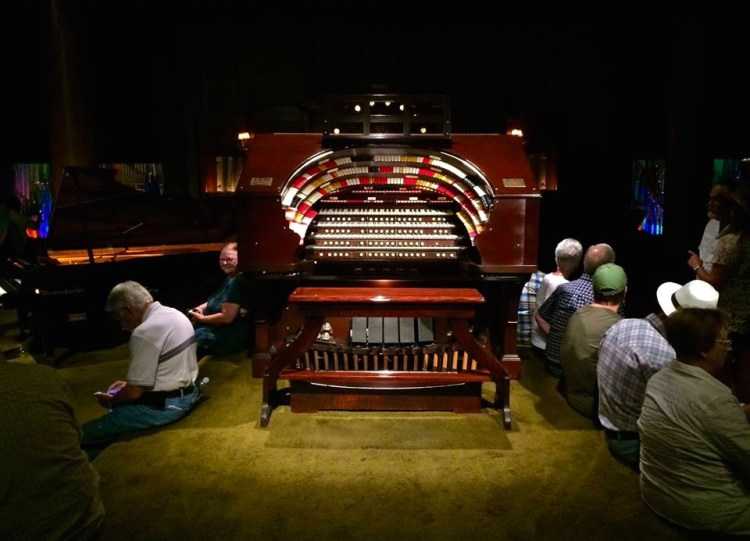 This 5,000-piped Mighty Wurlitzer Theatre Organ once belonged to the Denver Civic Auditorium and is the largest theatre organ on the West Coast.