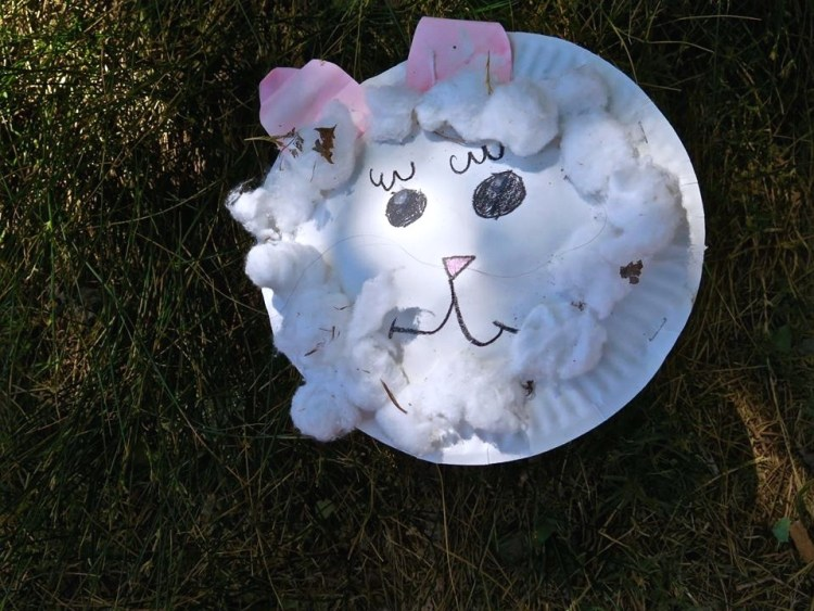 I found this cute little homemade Easter plate prior to heading into the western end of the canyon.