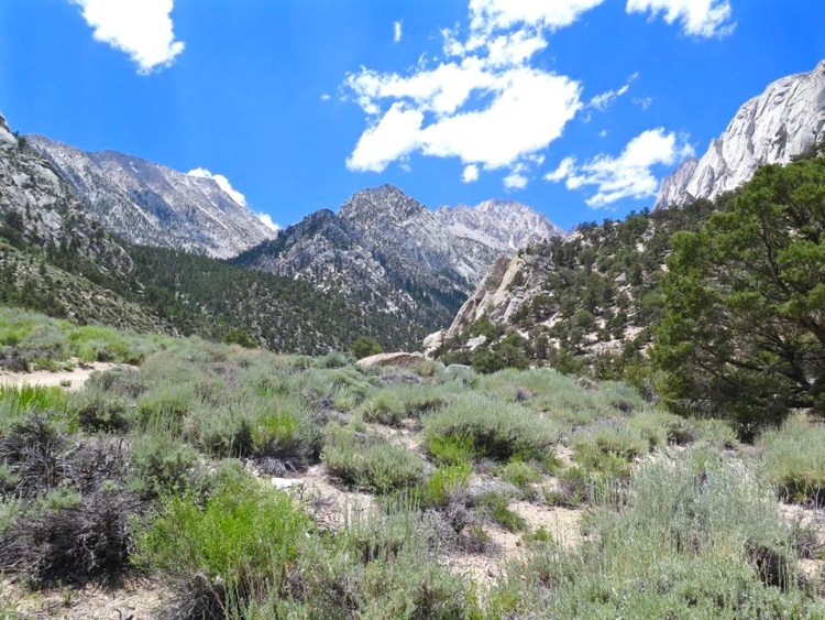 """Moving deeper into the mountains, you'll reach the """"upper"""" parking area at 0.7 mile."""