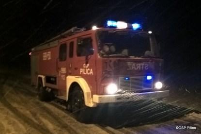 Pożar pustostanu w Wierzbicy (3)
