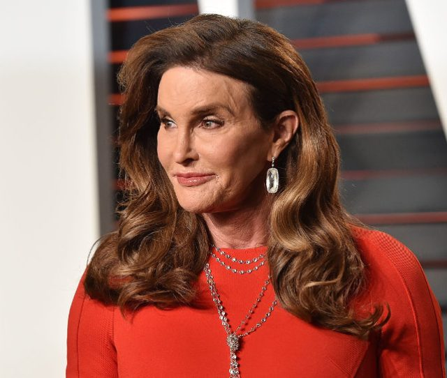 Im Sorry But Caitlyn Jenner Is A Man Wearing A Dress