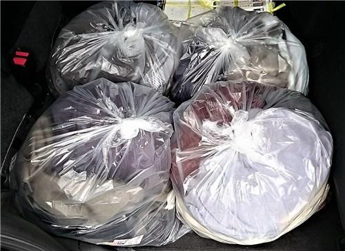 ゴミ袋4つ分処分
