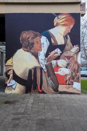 L'italien Andrea Ravo Mattoni a choisi de représenter Le Tricheur à l'as de carreau du peintre lorrain Georges de La Tour ( 1593-1652).