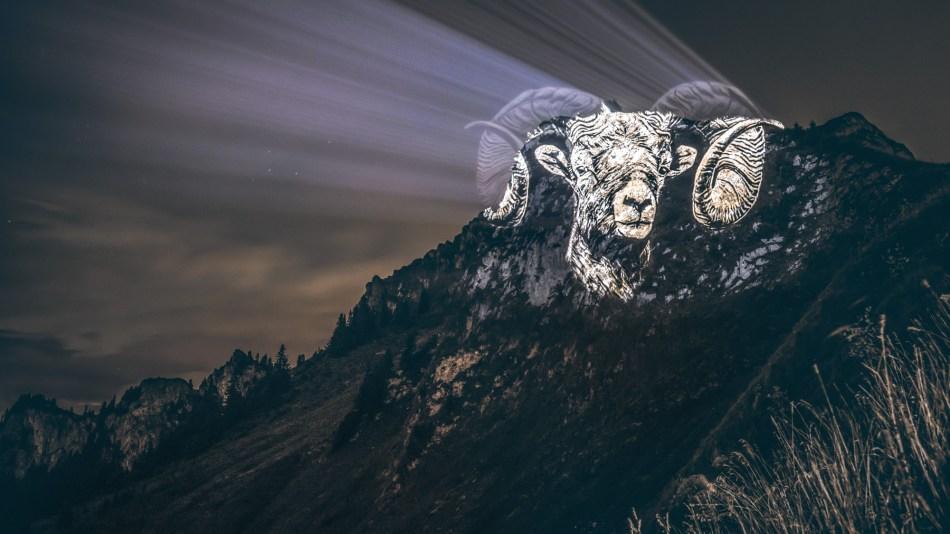 04-Le-Bouquetin-du-Mont-Billiat---The-Cloudy-Ibex
