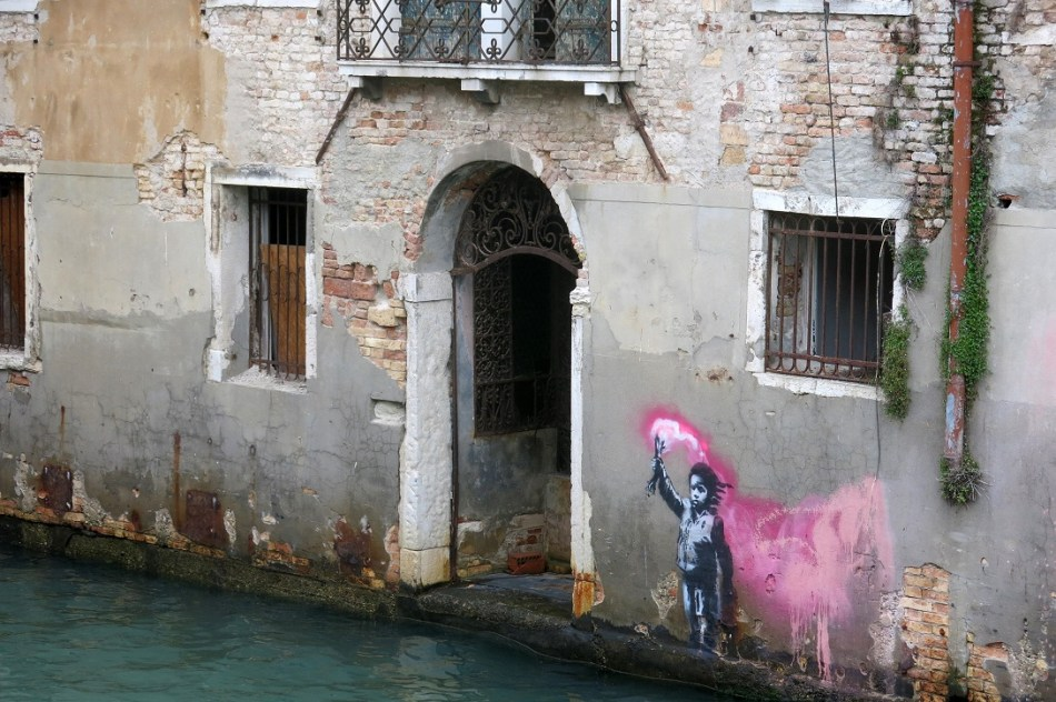 Banksy Venice, courtesy photo Lapo Simeoni