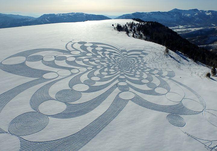 simon-beck-snow-art-ouvre-neige-8