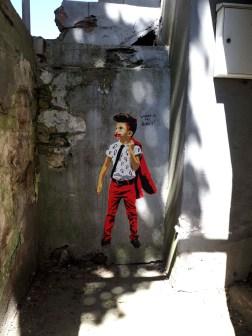 Junge in roten Hosen von Marshal Arts