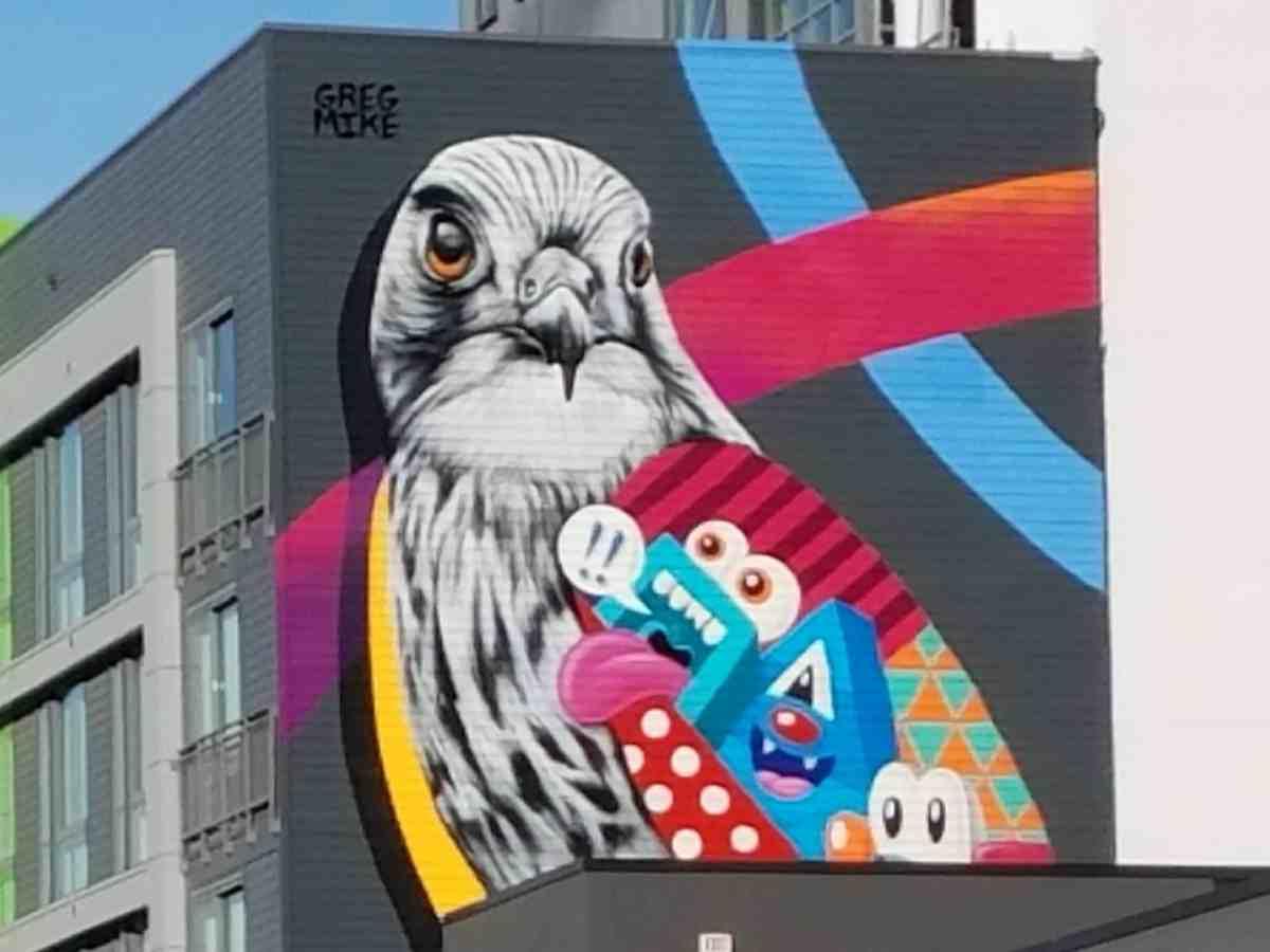 Mural of a bird by artist Greg Mike in Midtown Atlanta