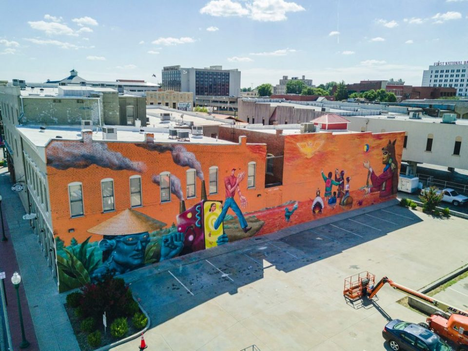 saner and aec collaborate on a mural in fort smith arkansas