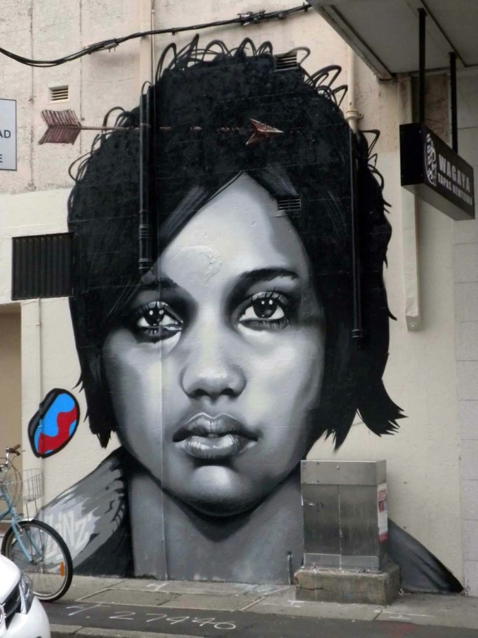 Street Art by Linz in Sydney, Australia 1