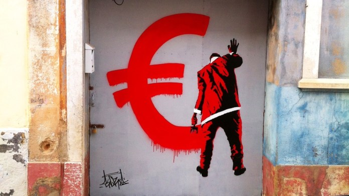 Merry Crisis - In Portugal by STRA