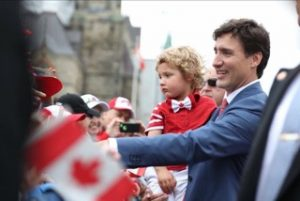 Justin Trudeau  with toddler wearing Peekaboo Beans