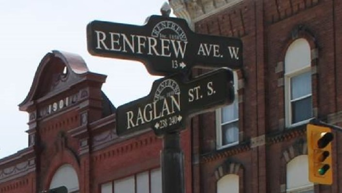 Renfrew Ave and Raglan St.