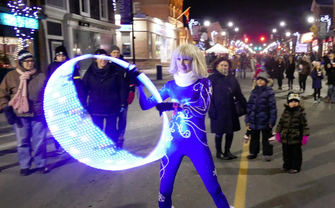 Isabella Hoops street performer at Snaokflake Kid at markham festival of lights 2017