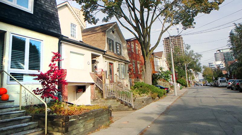 Helendale Avenue