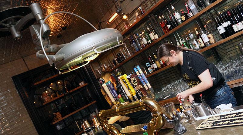 Storm Crown Manor bar