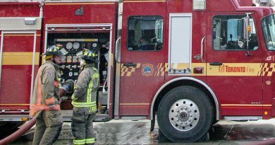 Filer photo of firefighters for Pynford fire story