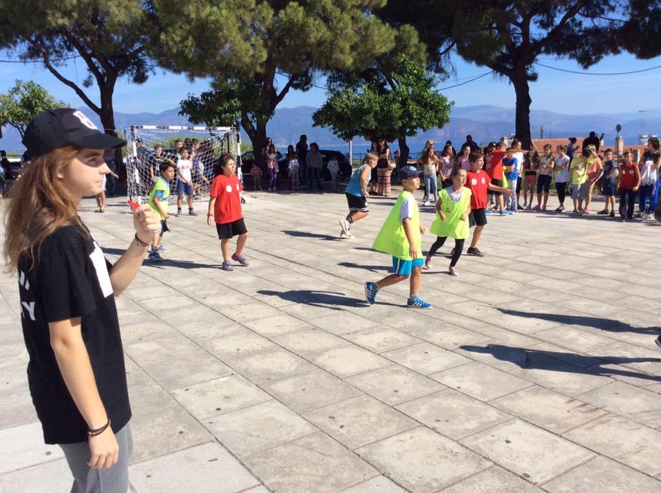 Greece Serifato Handball Club 500 children to Street Handball in the Square Psilalonia2