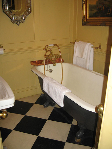 14th Image Hazlitts Bathroom