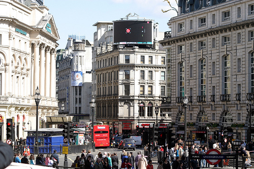 28th Image Picadilly Circus