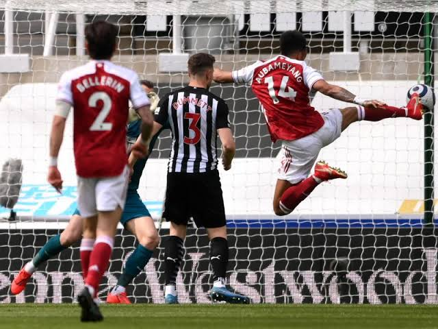 Newcastle vs Arsenal 0-2 Highlights (Download Video)