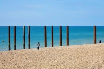 Brighton Beach Alignment: What makes photographers approach this place in a similar way?