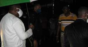 HAPPENING NOW: Enugu Gov Defies Rain To Enforce President Buhari's LockdownDirective 1