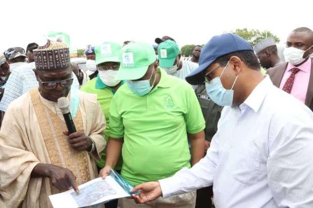Governor Inuwa Yahaya inspects ongoing Nayi Nawa- Wuro Shi'e- Bye-pass Road Project 1