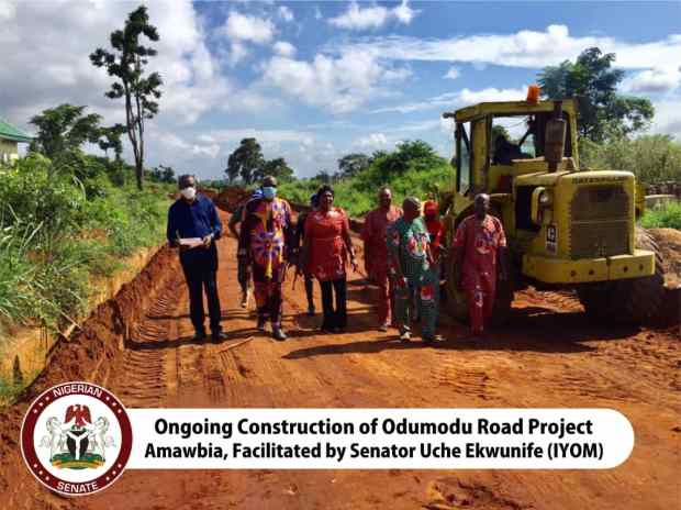 Ekwunife Flags Off Road Project Attracted To Amawbia Community