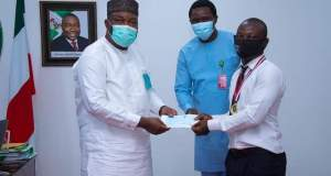 Gov. Ugwuanyi offers scholarship to Bangkok Global Educational Award Winner from Enugu State