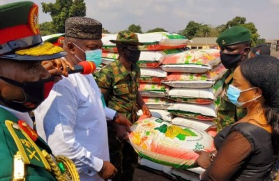 2021 Armed Forces Remembrance Day: Ugwuanyi Donates Cash, Food Items to Widows of Fallen Heroes